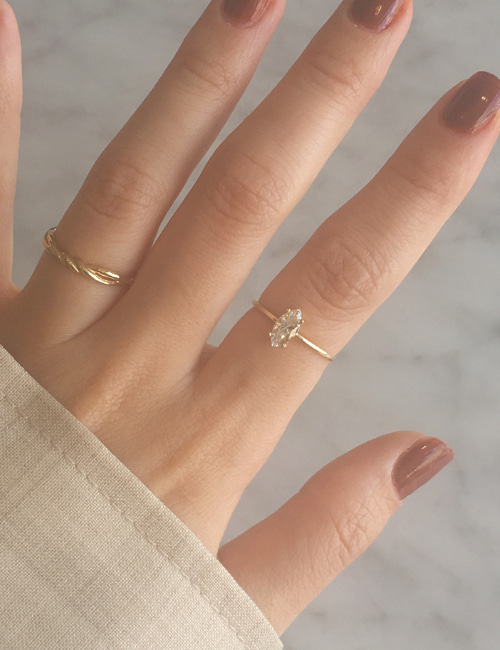 14k gold bet oval ring