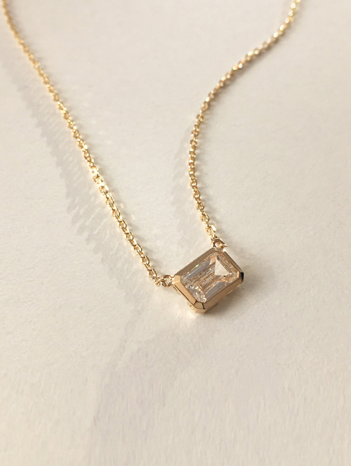 14k frame necklace